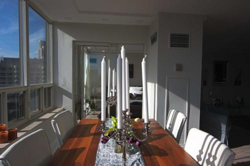 Toronto Home Stating Diningroom